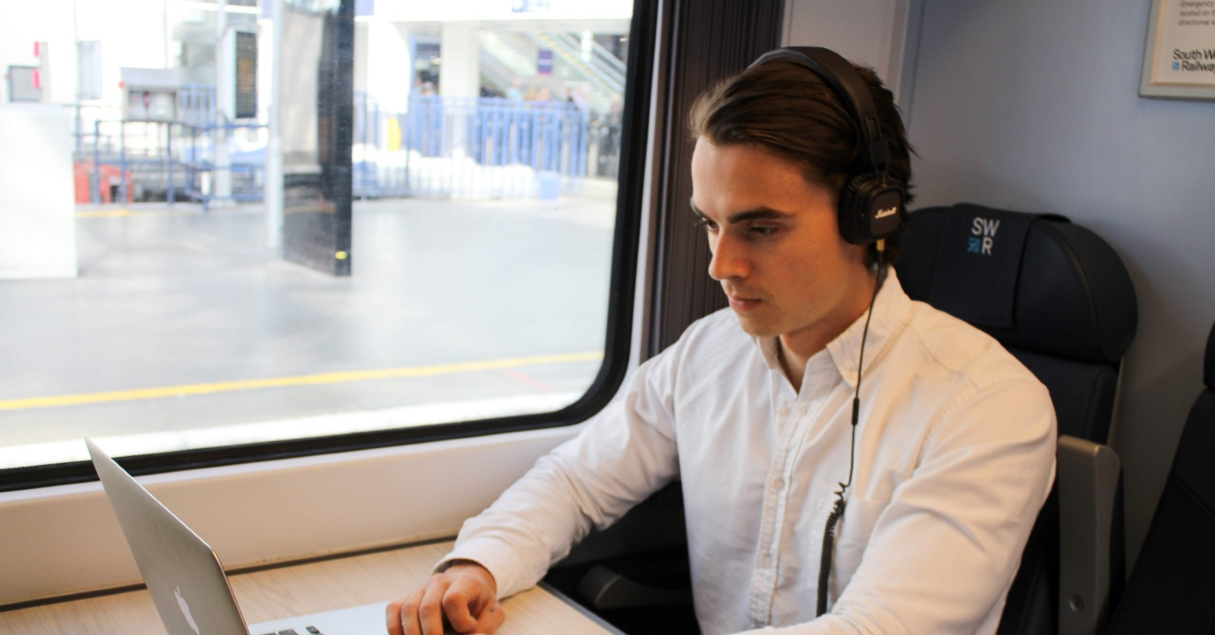 Hinterview announces crowdfunding campaign - but how does it work?